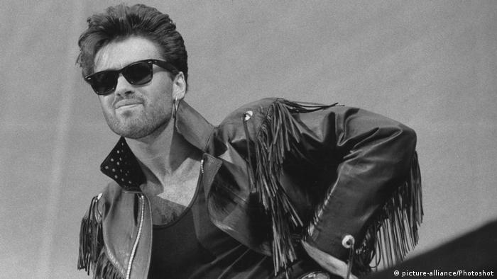 George Michael mit Wham bei Konzert 1986 (picture-alliance/Photoshot)