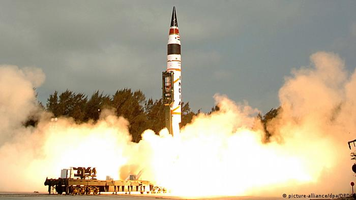 Indien - Raketentest (picture-alliance/dpa/DRDO)