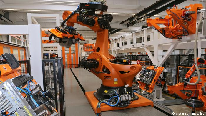 Deutschland Roboterhersteller Kuka (picture alliance/dpa)