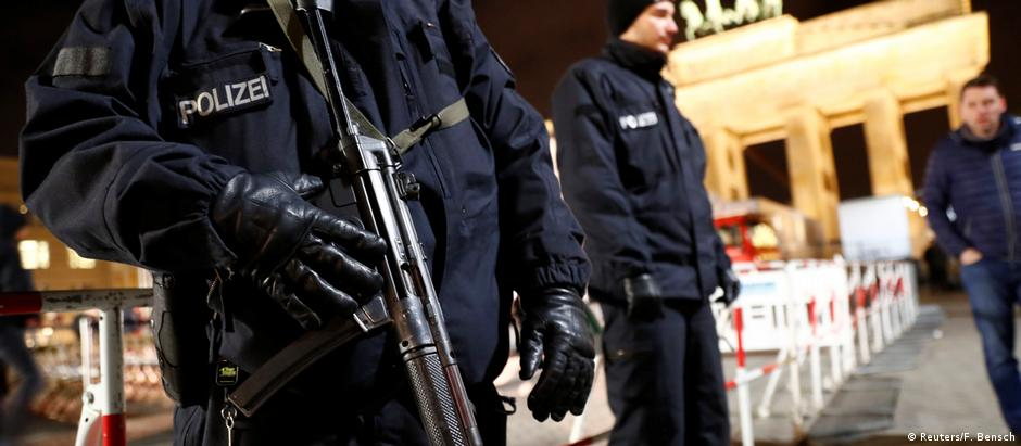 Προτάσεις ντε Μεζιέρ για την ασφάλεια στη Γερμανία