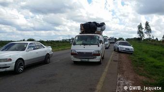 Mosambik Straße zwischen Vanduzi und Tete