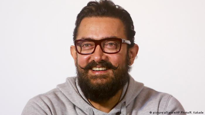Indien Bollywood Schauspieler Aamir Khan in Mumbai (picture-alliance/AP Photo/R. Kakade)