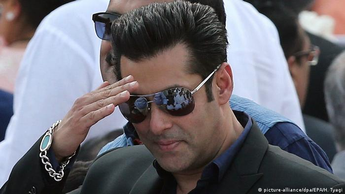 Indien Bollywood Schauspieler Salman Khan in Neu-Delhi (picture-alliance/dpa/EPA/H. Tyagi)