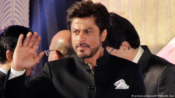 Indien Bollywood Schauspieler Shahrukh Khan in Kolkata (picture-alliance/AP Photo/B. Das)