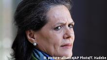 Südafrika Sonia Gandhi in Johannesburg (picture-alliance/AP Photo/T. Hadebe)