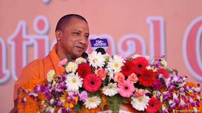 Nepal Kathmandu Mahant Yogi Adityanath indischer BJP Politiker und Priester (Imago/Zumapress)