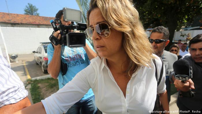 فرانسوا دي سوزا اوليفيرا زوجة السفير اليوناني
