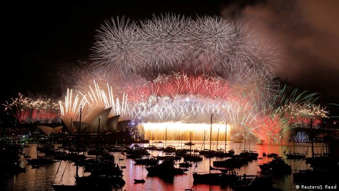 Australien Sydney Jahreswechsel Feuerwerk (Reuters/J. Reed)