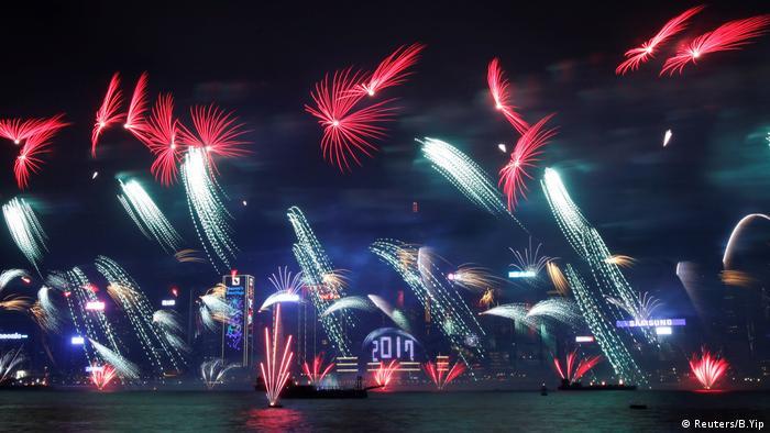 Feuerwerk Hong Kong 2017 (Reuters/B.Yip)