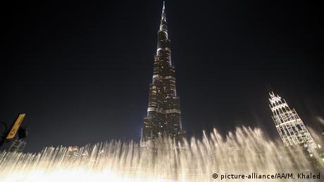 Dubai - Feuerwerk zum neuen Jahr (picture-alliance/AA/M. Khaled)