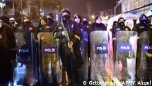 Türkei Istanbul - Polizei sichert Nachtclub nach Angriff