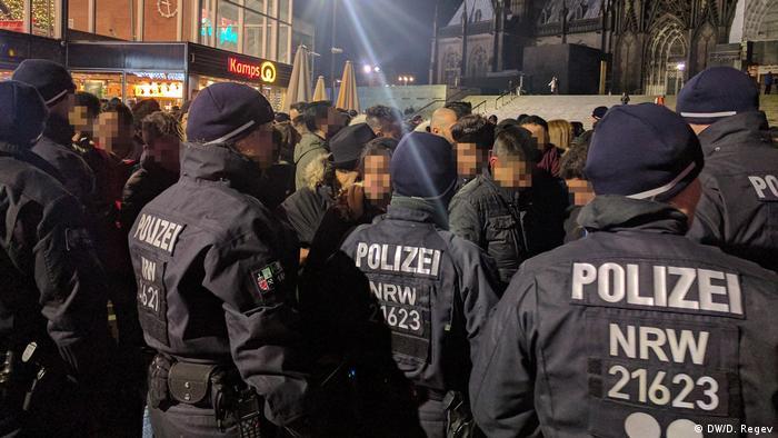 Deutschland Köln - Domplatte zur Silvesternacht