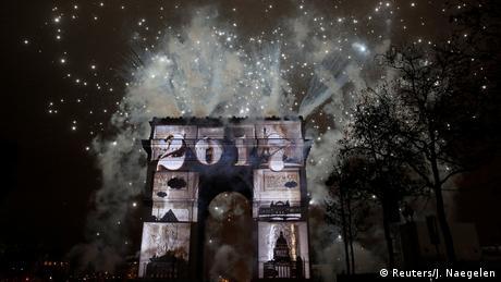 Paris Triumphbogen Silvester (Reuters/J. Naegelen)