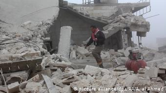 Syrien Assad Regime verletzt Waffenruhe in Aleppo (picture alliance/dpa/AA/A. al Ahmed)
