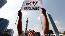 Mexiko Protest gegen Erhöhung der Benzinpreise in Mexiko Stadt