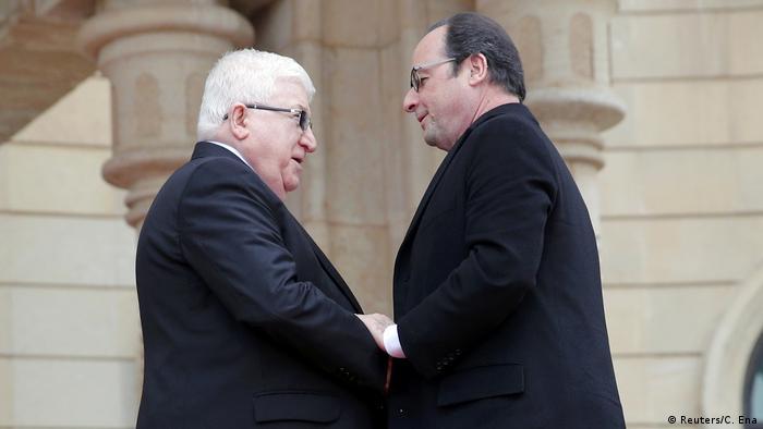 El presidente de Francia, François Hollande, a Irak, llegó hoy a Irak, donde se reúne con los principales mandatarios y visitará las tropas que entrenan y apoya al Ejército iraquí. El presidente francés dijo que el apoyo de su país está a la vista en la retirada de daesh del país, y que la batalla por Mosul ha comenzado. (2.01.2017)
