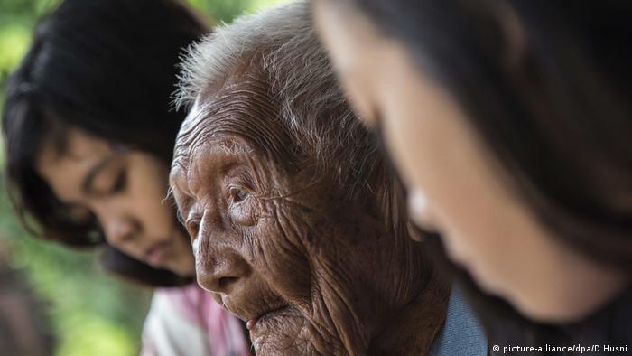 Der älteste Mann der Welt Mbah Gotho Indonesien (picture-alliance/dpa/D.Husni)