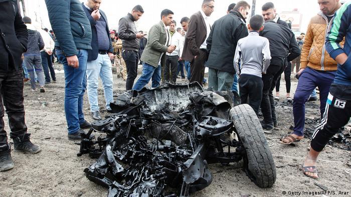 Al menos cinco personas murieron y sieteresultaron heridas hoy al estallar un coche bomba en Bagdad, informóel portavoz de las fuerzas de seguridad en la capital iraquí, Saad Maan. (5.01.2017)