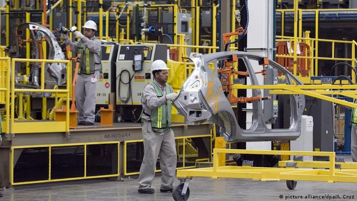 Mexiko Ford-Fabrik in Cuautitlan (picture-alliance/dpa/A. Cruz)