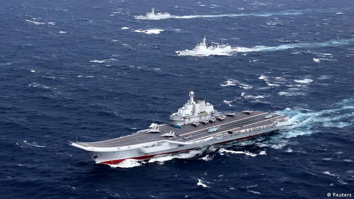 China Liaoning Flugzeugträger bei Manöver im Südchinesichen Meer
