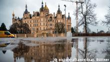 BdT Regen in Norddeutschland Schloss von Schwerin