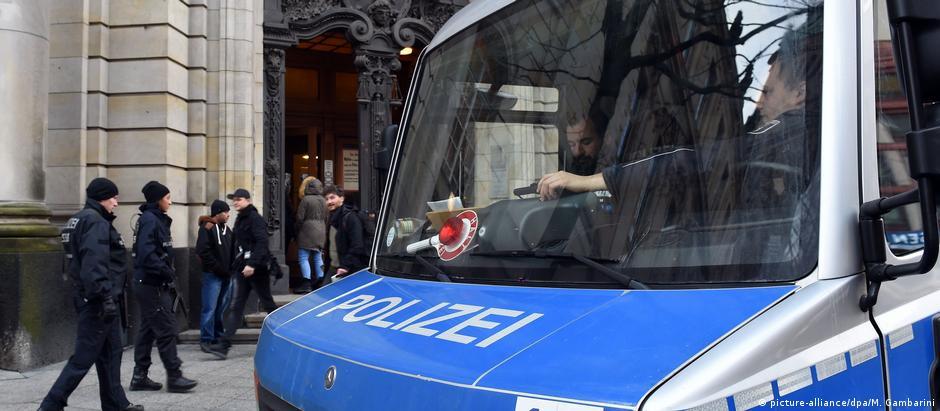 Τρομοκρατία: Οι Γερμανοί αντιστέκονται στον φόβο