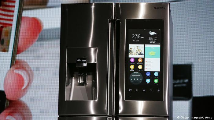 Samsung Kühlschrank mit Bildschirm (Getty Images/A. Wong)
