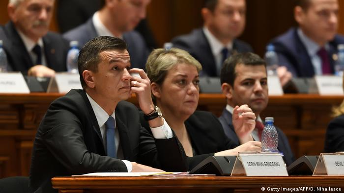 Rumänien Sorin Grindeanu spricht im Parlament (Getty Images/AFP/D. Nihailescu)