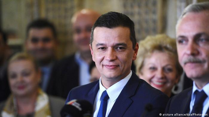Rumänien Sorin Grindeanu spricht im Parlament (picture alliance/dpa/Photoshot)