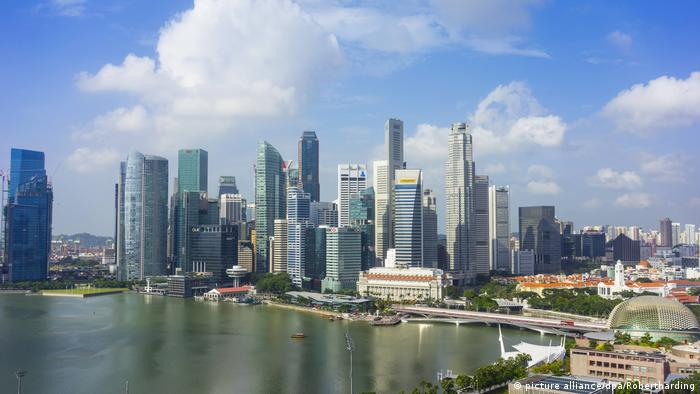 Singapur Skyline (picture alliance/dpa/Robertharding)