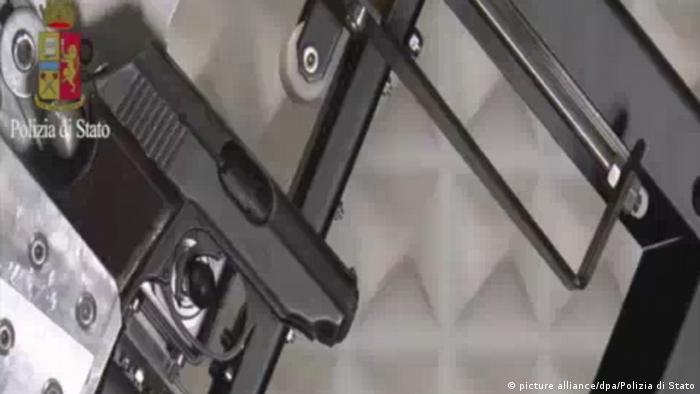 Italien Ballistische Untersuchung der Waffe von Anis Amri (picture alliance/dpa/Polizia di Stato)