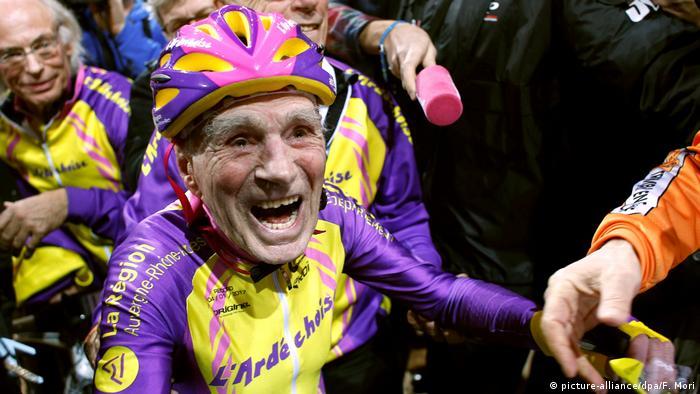 Robert Marchand aus Frankreich nach Rekordversuch