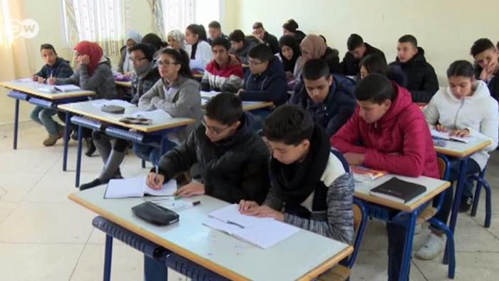 Filmstill DW-Beitrag Schule in Marokko