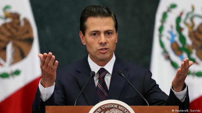 Mexiko Präsident Enrique Pena Nieto gibt neues Kabinett bekannt (Reuters/E. Garrido)