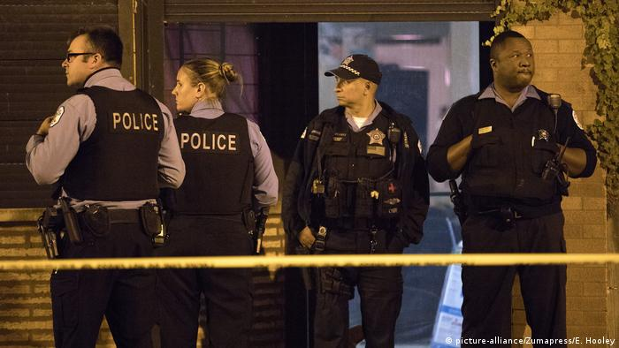 USA Chicago Polizei (picture-alliance/Zumapress/E. Hooley)