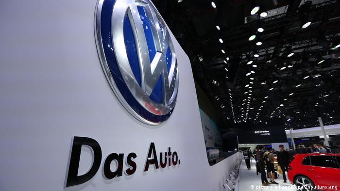 VW Volkswagen AG Logo