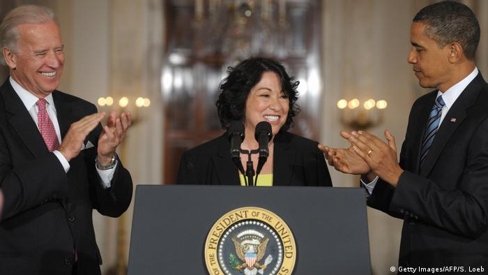 USA | Barack Obama, Joe Biden and Sonia Sotomayor (Getty Images/AFP/S. Loeb)