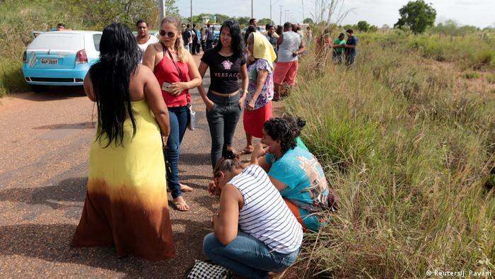 Sobe para 33 número de mortos em prisão de Roraima