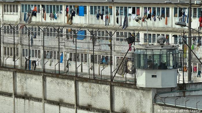 Bildergalerie Gefängnisse Lateinamerika | La Modelo Gefängnis Kolumbien (Getty Images/AFP/G. Legaria)