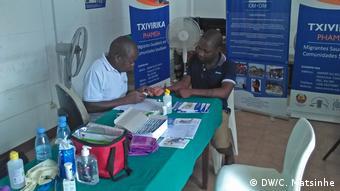 HIV / AIDS-Test in Gaza (06.01.2017) (Provinz -sud Mosambik) (DW/C. Matsinhe)