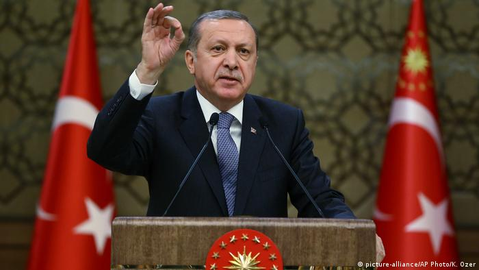 Türkei Recep Tayyip Erdogan (picture-alliance/AP Photo/K. Ozer)