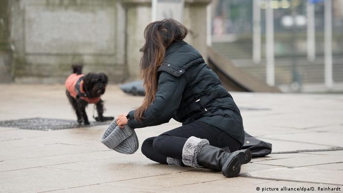 Deutschland Zahlreiche Unfälle nach arktischen Temperaturen und Blitzeis (picture alliance/dpa/D. Reinhardt)