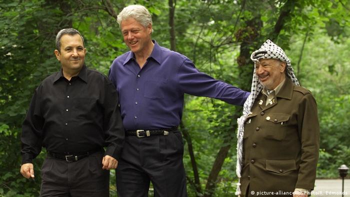 USA Washington - Bill Clinton,Ehud Bara und Yasser Arafat