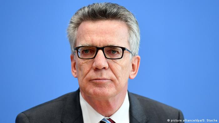 Deutschland Thomas de Maiziere (picture alliance/dpa/S. Stache)
