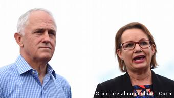 Australien Malcolm Turnbull und Sussan Ley (picture-alliance/dpa/L. Coch)