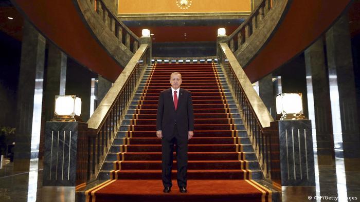 Türkei Präsident Erdogan in seinem Palast