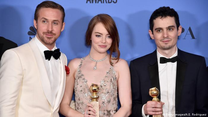 74th Annual Golden Globe Awards - Ryan Gosling, Emma Stone & Damien Chazelle (Getty Images/A.E. Rodriguez)