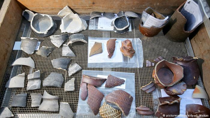 Глиняные черепки