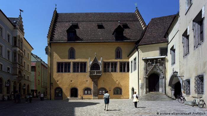 Regensburg Old Town Hall (picture-alliance/dpa/F.Profitlich)