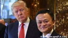 Donald Trump und Jack Ma (Getty Images/AFP/T.A.Clary)